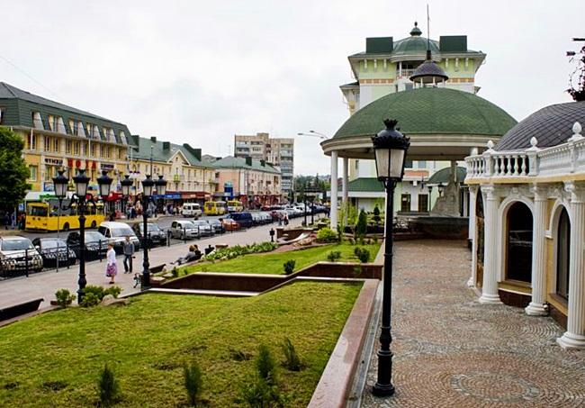 Картинки по запросу ровное украина